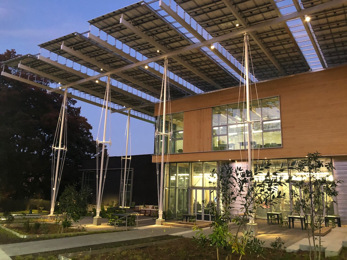 """Redefining the """"Risks"""" of Sustainable Buildings 
