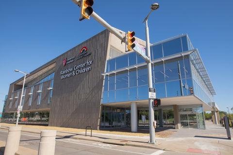 UH Rainbow Center for Women and Children exterior photo