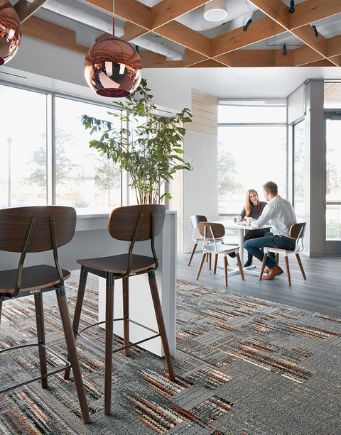 Interface carpet with EPD