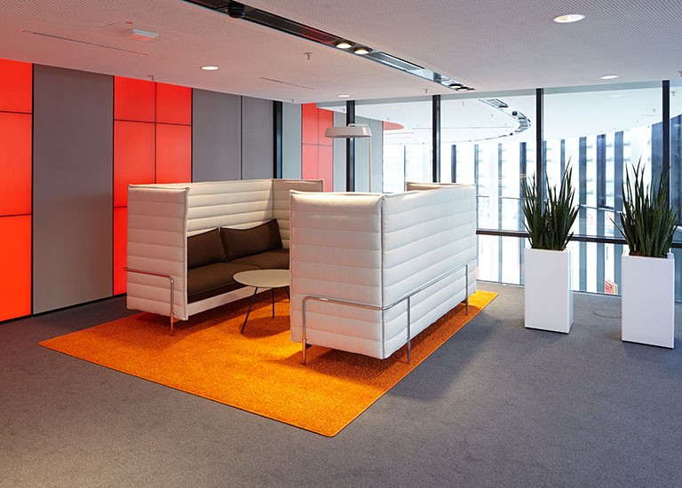 Commercial Interiors. Photo: Vodaphone Medien. License: CC BY ND 2.0.